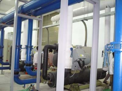 Installation water cooled screw chiller Unit