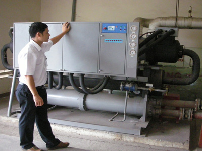 Free period checking chiller unit
