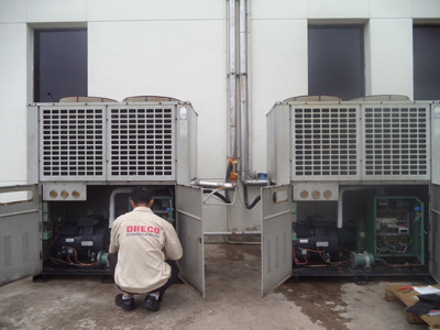 Replace Refcomp reciprocating refrigeration compressor