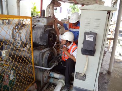 Kiểm tra máy nén lạnh trục vít tại công trình